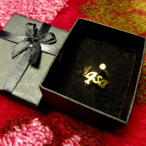 DEsign your own personalized gold/silver plated ladies ring