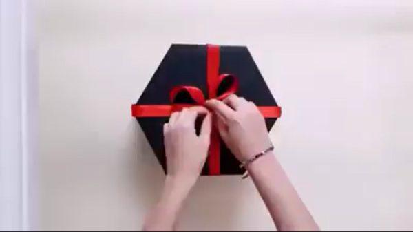 HEX LOVE BOX (5 LAYERS)