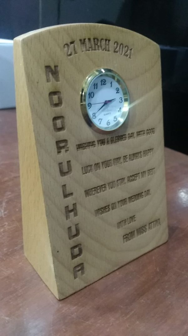 Design Your Own Customized Picture And Name Engraved Wooden Clock Table Frame (5x4)